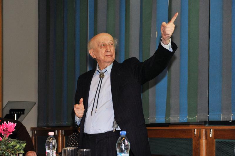 Oláh Károly